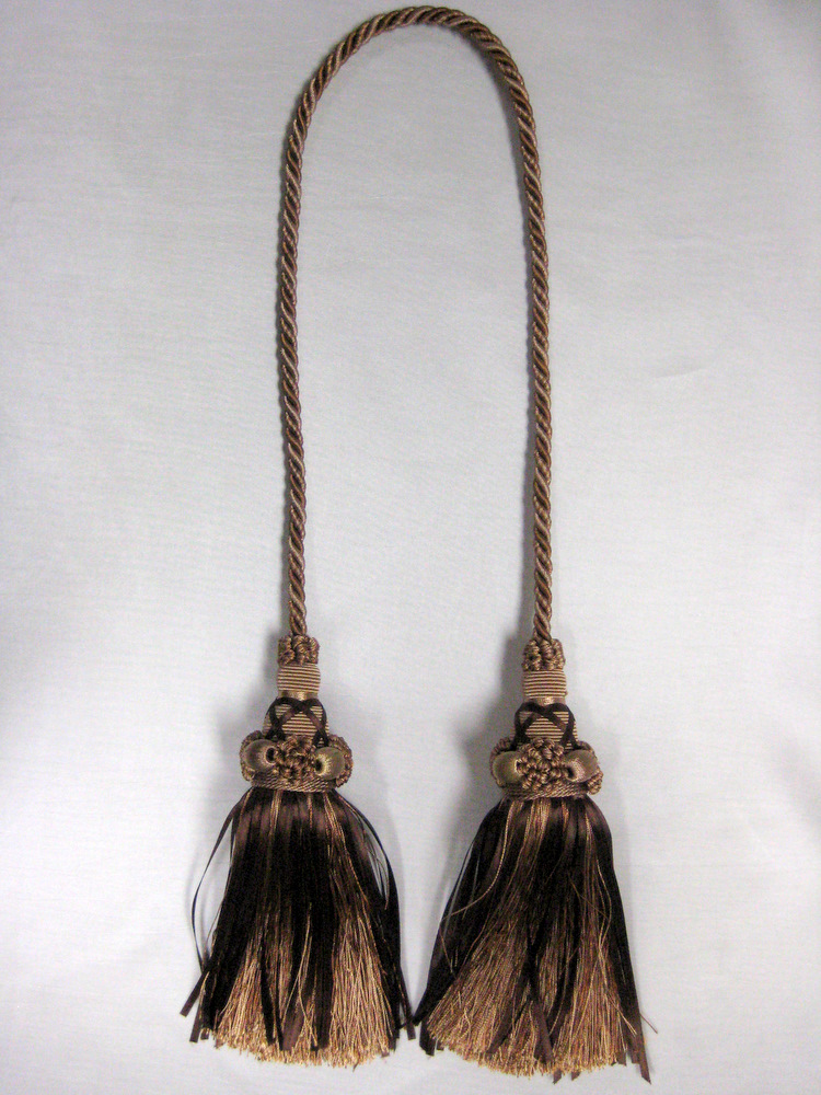 TASSEL BROWN-GOLD