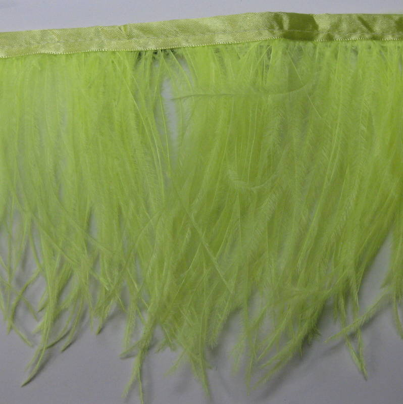 OSTRICH FRINGE LIGHT GREEN